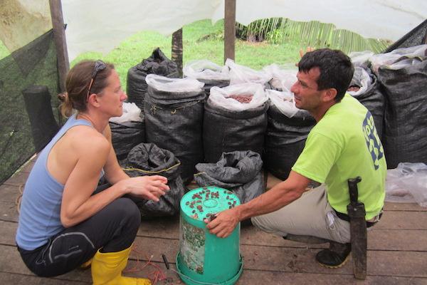 Discussion Ulrike et Javier qualité cacao©