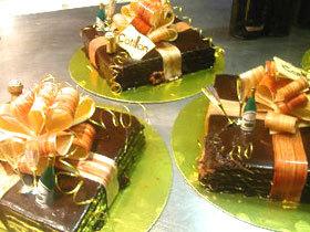 Le Cotillon prêt à offrir pour la Saint Sylvestre et le Nouvel An