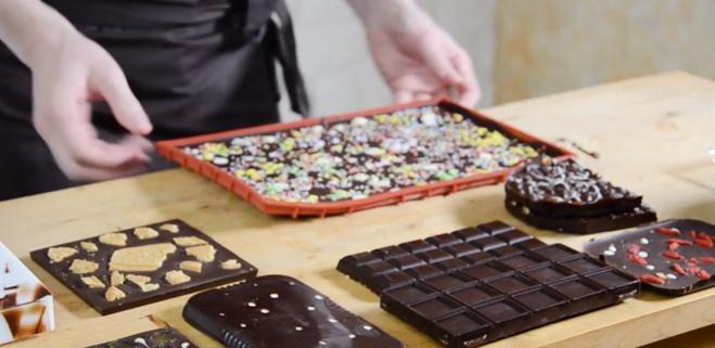 Comment démouler efficacement ses tablettes de chocolat ?©ChocoClic.com