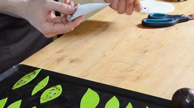 La technique de feuilles mortes avec rainures©ChocoClic.com
