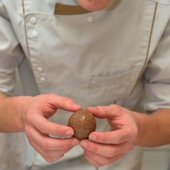 Chocolatier au travail©