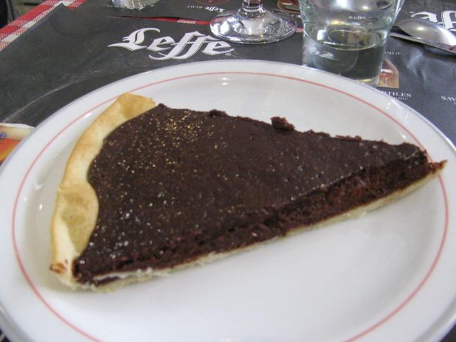 Tarte au chocolat noir et piment d'Espelet©