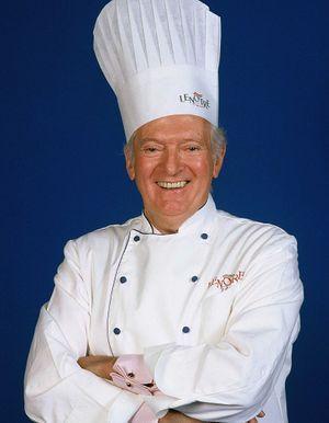 Le célèbre Pâtissier Chocolatier Gaston Lenôtre