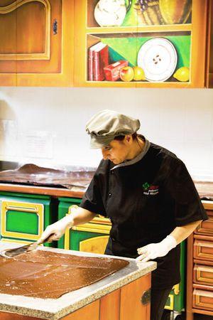 Fabrication dans la cuisine d'Amatxi