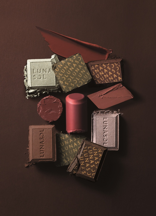 La collection de maquillage -chocolat- de Lunasol©
