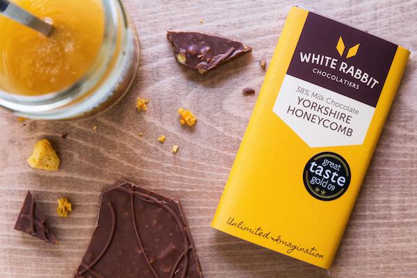 Tablette de chocolat au miel par White Rabbit chocolatier©