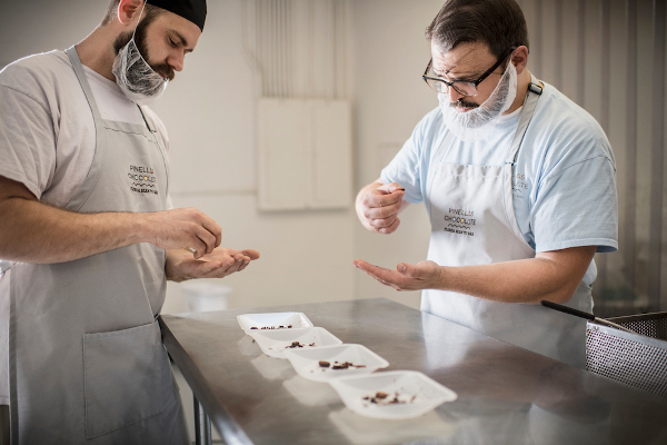 La fabrication des chocolats Pinellas© Pinellas