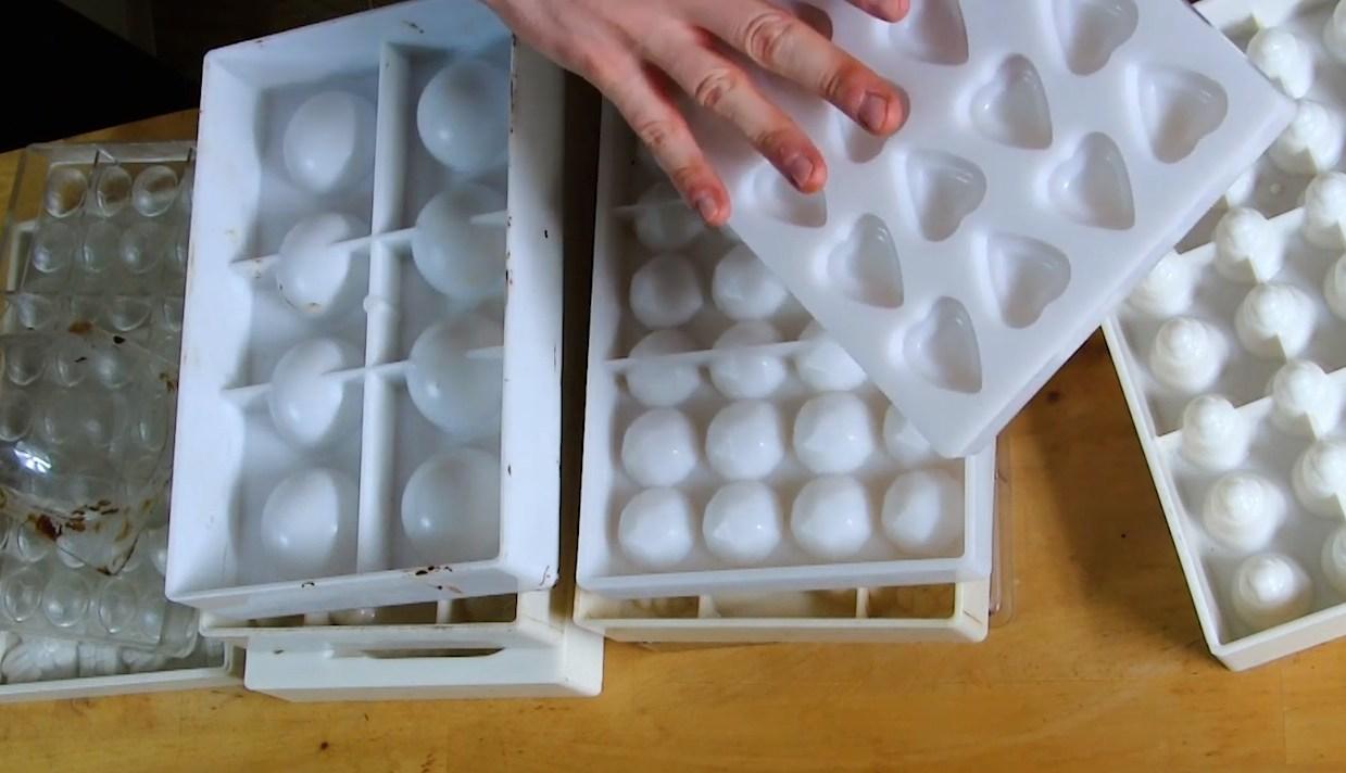 Les moules du chocolatier : en polycarbonate©ChocoClic.com