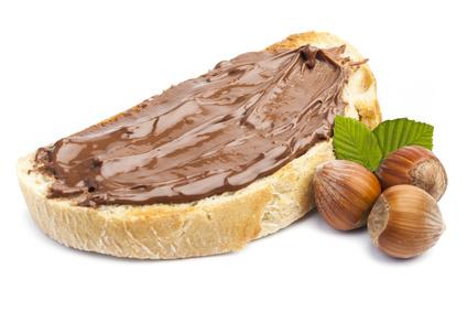 Pâte au Chocolat et Noisettes©