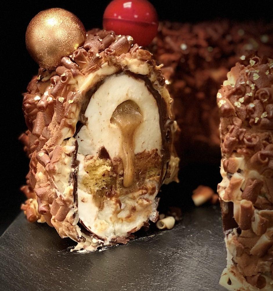 La couronne aux épices de Noël du Chef Pâtissier du Lutetia, Nicolas Guercio, sa bûche de Noël 2020