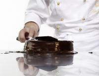 Le glaçage de la  Sacher Torte ©