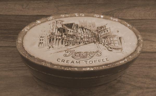 Boite de Toffee à la crème de Terry's Chocolate© National Trust Images  Karen Sheard