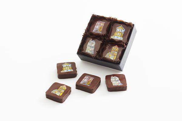 Les batiments victoriens de San Francisco sur les chocolats Recchiuti© photo Tom Seawell