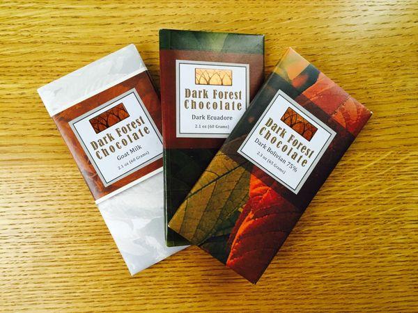 Les tablettes de chocolat de Dark Forest Chocolate© Caitlyn Hartney, Buffalo News.jpg