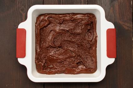 Gâteau au chocolat dans le moule©