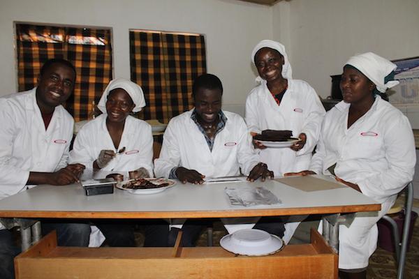 L'équipe de Choco Togo au trvaail©Roger Adzafo , Espoir Kodjo
