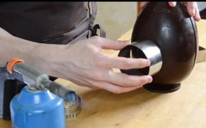 Comment décorer un œuf en chocolat avec des CŒURS ?