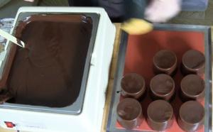 La méthode de la louche pour vos moulages chocolat