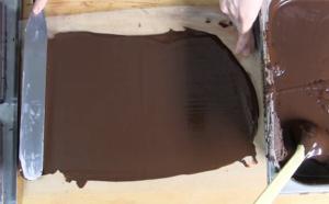 Réaliser des couvercles en chocolats pour vos coffrets