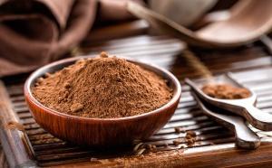 La poudre de cacao aide à perdre du poids et à améliorer la santé cardiaque.