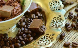 Chocolat au lait plus sain en ajoutant des arachides et des déchets de café