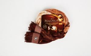 De la haute couture au chocolat : un foulard à la mode Magnum