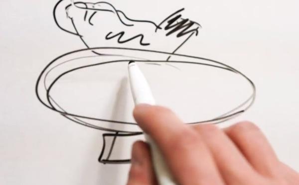 Le montage d'une POULE DÉLURÉE sur un gros œuf 🐔