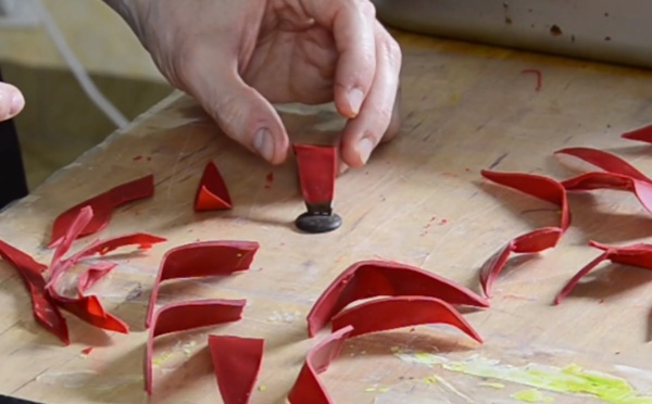 La technique de la fleur rouge en chocolat