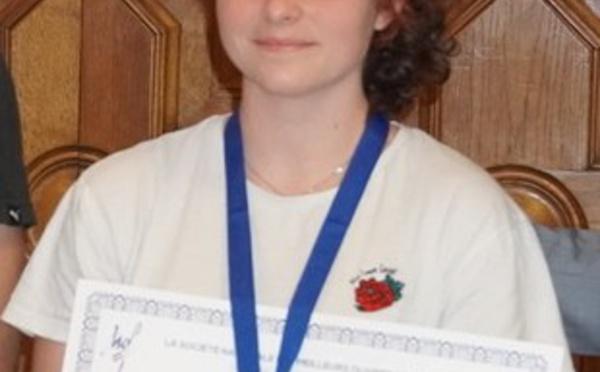 Amélie DESGRANGES : une médaille d'or autour du cou !