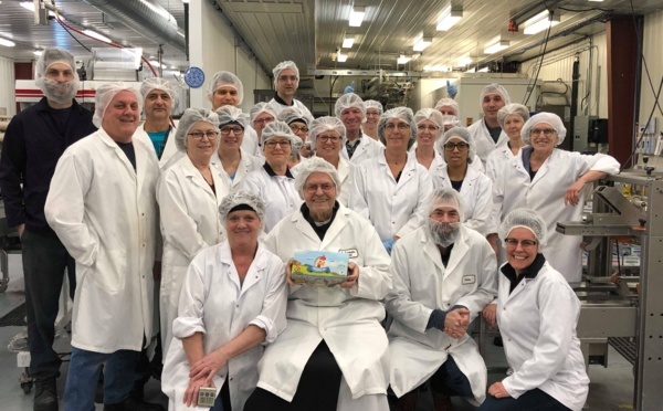 Trois millions de petites poules en chocolat, la Chocolaterie des Pères Trappistes fracasse son record