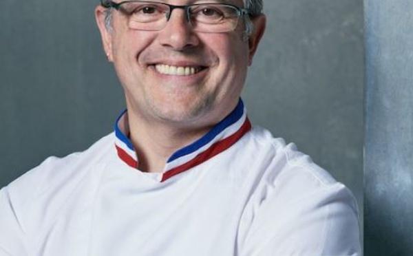 Stéphane Leroux, le passionné du travail du chocolat.