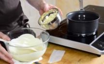 On vous dévoile tout sur le tempérage du chocolat blanc au bain marie©ChocoClic.com