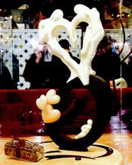 Personnages en forme de coeurs le tout en chocolat