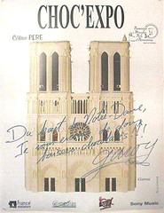 Affiche Notre dame de Paris en chocolat, autographe de Garou !