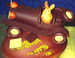 Voiture ancienne en chocolat