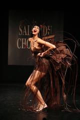 Irène Salvador au défilé du salon du chocolat